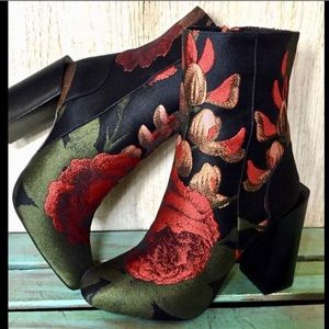 Jeffrey Campbell red green black Rose Silky Boot 9